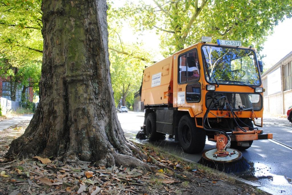 Kehrsauger Sommer Straßenreinigung IM NORDEN GmbH Berlin